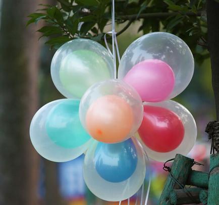 Гелиевые шары в прозрачном шаре